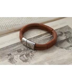 Кожаный браслет на магнитной застежке Кусто Мена
